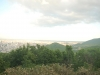 三角山より札幌市街地・円山(中央)・藻岩山(右)を望む